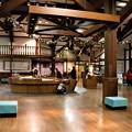 Photos: あづみ野学校玄関ホール