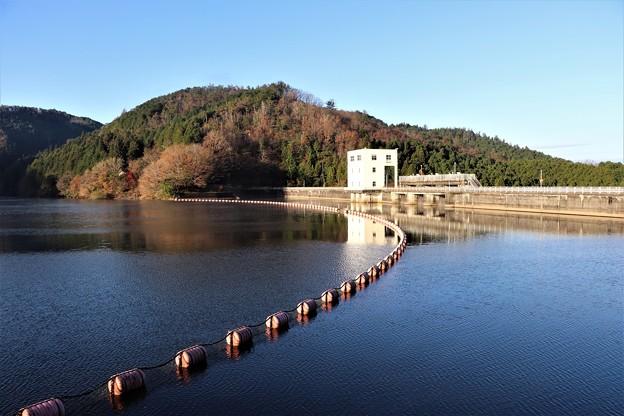 羽布ダムの三河湖