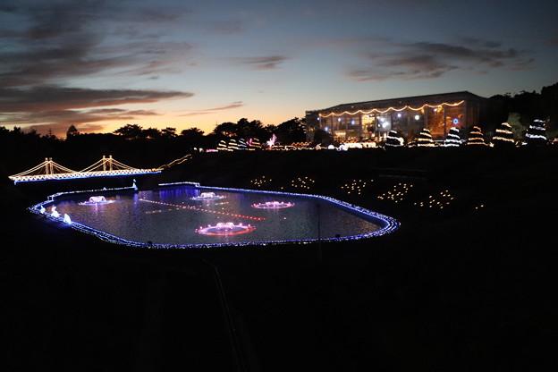噴水池とクリスタルパレス