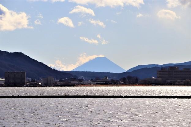 諏訪湖越しの富士山
