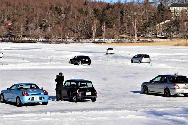 氷上ドライブ