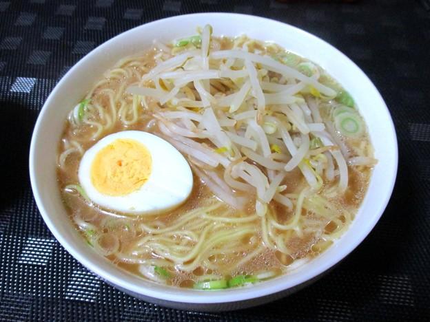 醤油とんこつ&細麺