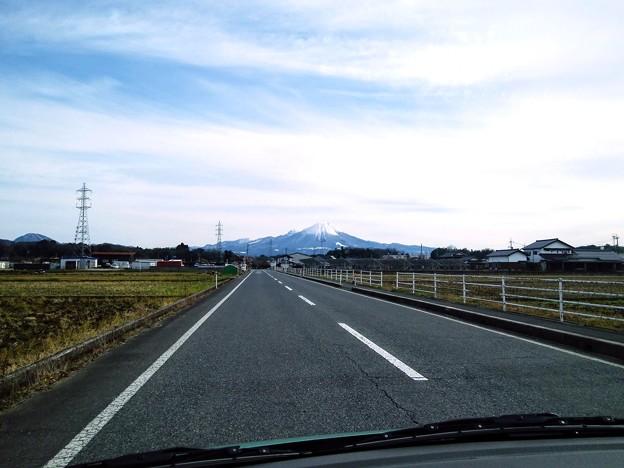 米子市某所から見た国立公園大山02