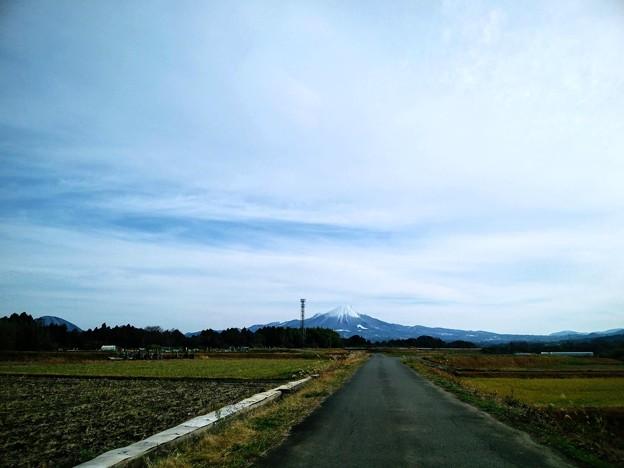 米子市某所から見た国立公園大山01