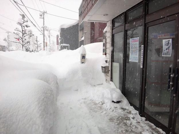 2018.02.07 店舗前も大雪
