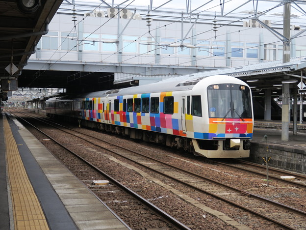 きらきらうえつ  秋田駅