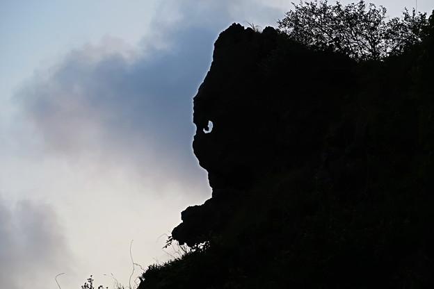 Photos: 猫岩