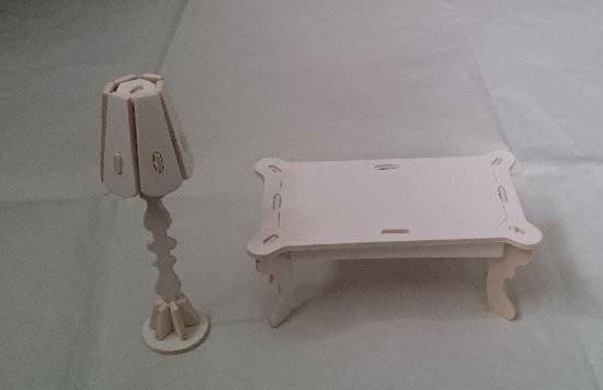 ウッドクラフトプリンセス テーブルとライト
