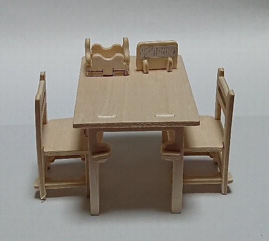 ウッドクラフト商店街 テーブルとチェア