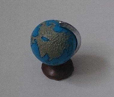 Photos: ウッドクラフトシリーズ ミニチュア小物 地球儀