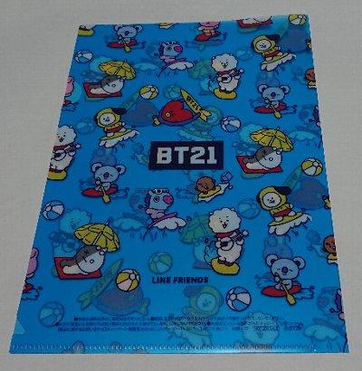 Photos: ファミリーマート限定 BT21 オリジナルA5サイズクリアファイル