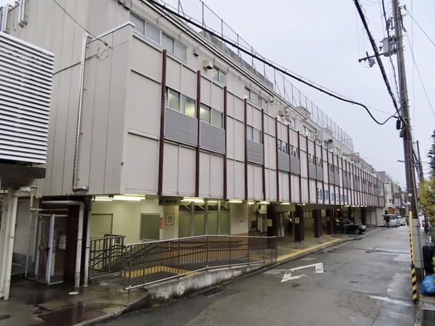 雲雀丘花屋敷駅