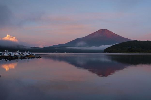 赤富士の予感。