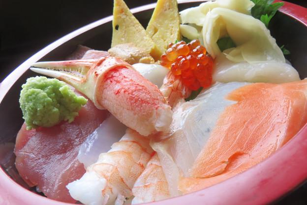 カニツメ入りちらし寿司。