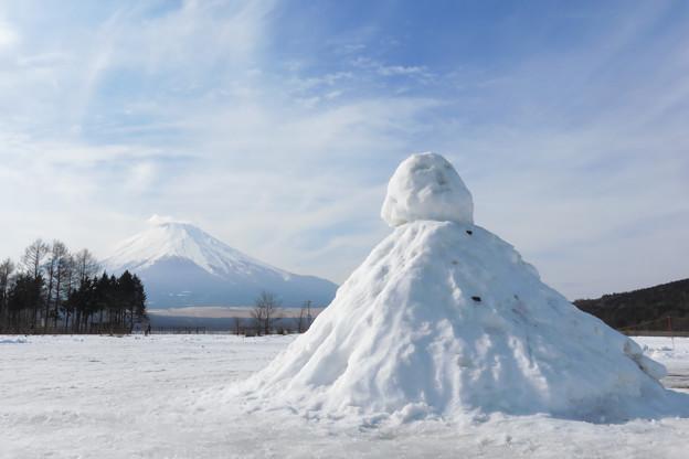 創作雪ダルマ?