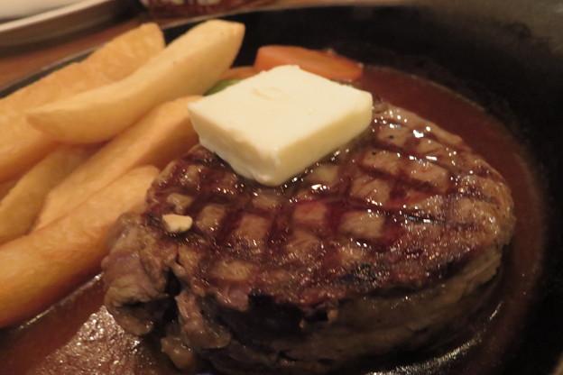 牛ヒレ肉のステーキ150g。