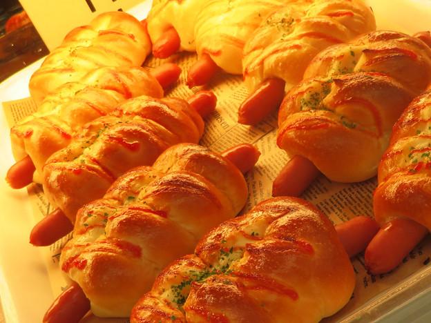 ソーセージパン。