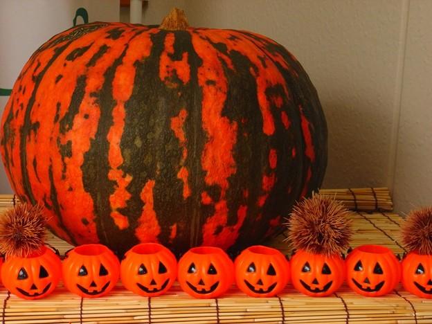 デカかぼちゃとランタン。
