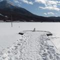Photos: 雪の桟橋一人ステージ。