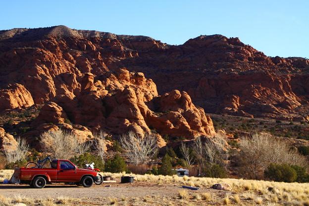 赤いPickup Truck