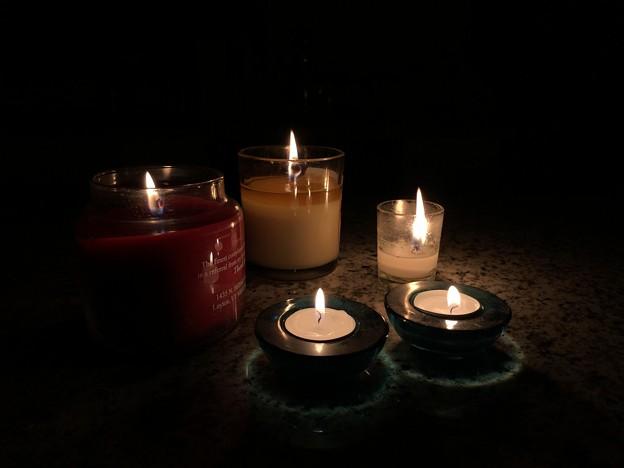 Candle night...停電中。。