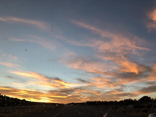 夕陽を追いかけて。。