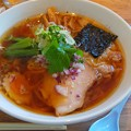 白河市のあずま食堂さんにてワンタン麺