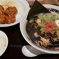 IPPUDO RAMEN EXPRESS イオンモールいわき小名浜店にてブラックフライデーセット 黒とんこつ+ごはん、から揚げ Sドリンク付き