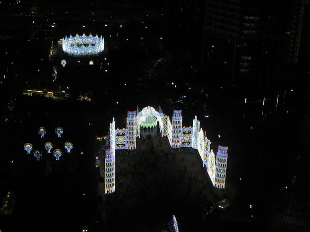 神戸ルミナリエ・神戸市役所展望ロビーから