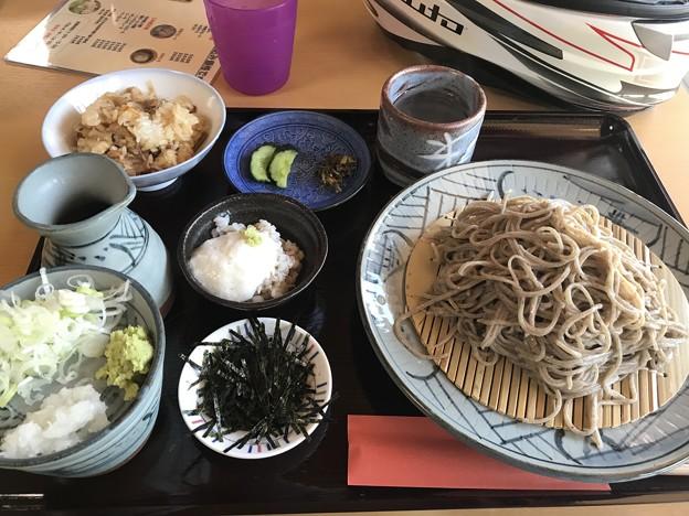 2日め 解散後 松江のバイク乗りと行った 蕎麦屋さん