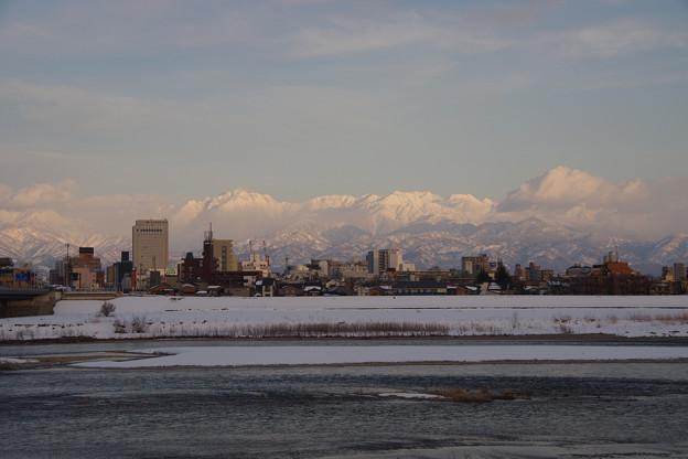 写真: 立山連峰は、富山県民の魂