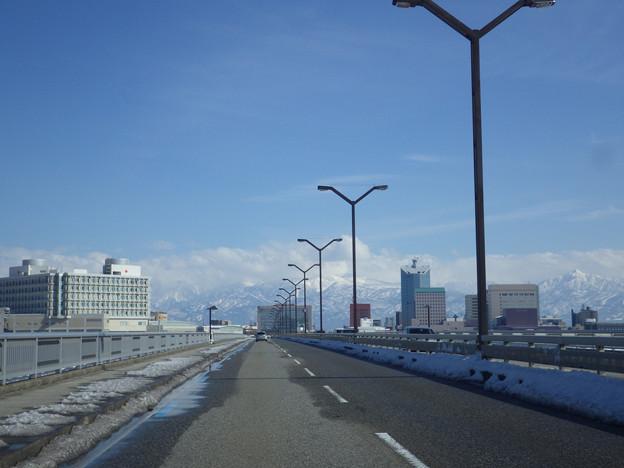 快晴富山北大橋