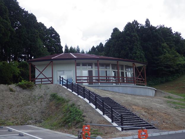閑乗寺公園展望台近くに、何か造ってる