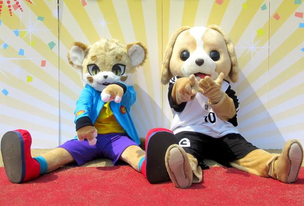 Photos: イチバ と フレンド