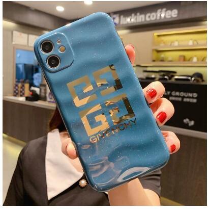クロムハーツiphone12 pro maxケースジバンシィシュプリーム ブランド