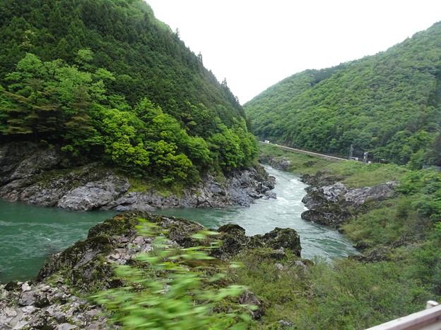 飛騨川 中山七里のあたり