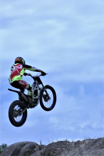 ジャンプ (3)