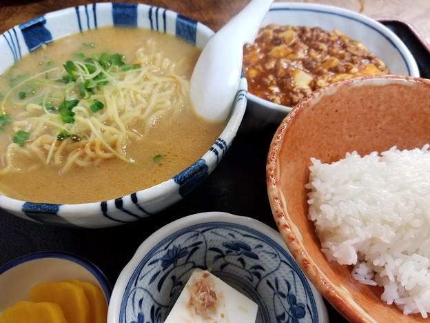 181214【南風】麻婆麺/750円(東京都千代田区神田淡路町1-15)