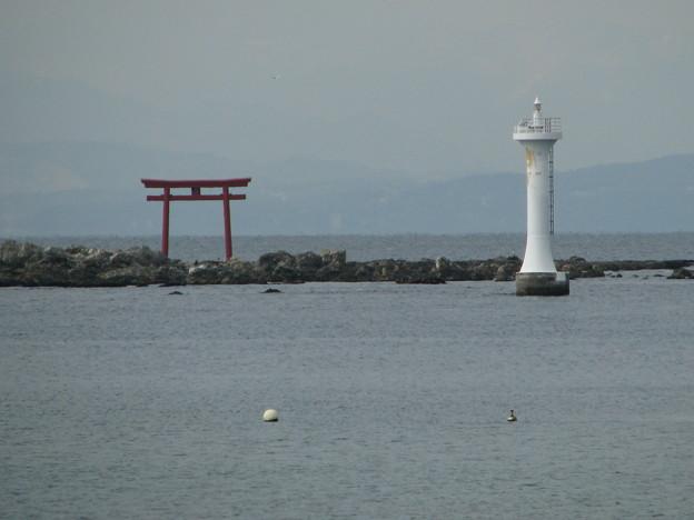 裕次郎灯台・森戸神社