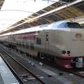 写真: 高松駅に到着した寝台特急サンライズ瀬戸