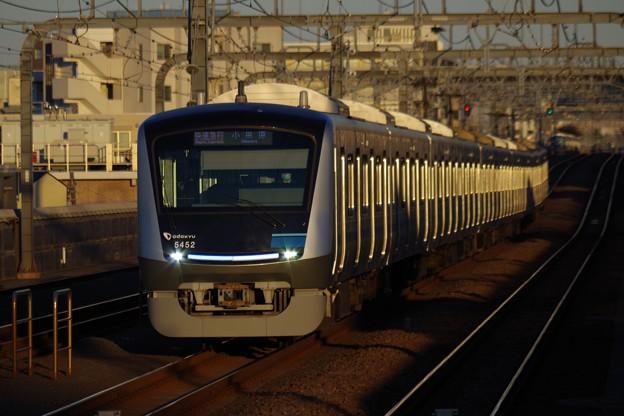 Photos: 小田急線のニューフェイス、2代目5000形。