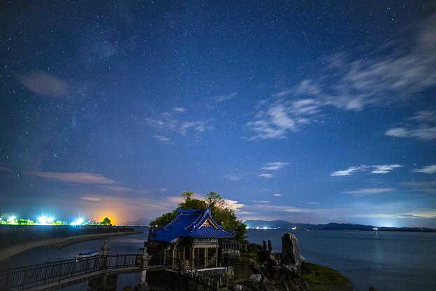 龍神社の夜