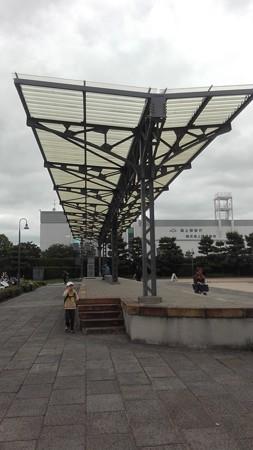 旧横浜駅プラットホーム