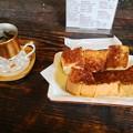 写真: アイスマンダリンコーヒーとシナモントースト(仏果堂)