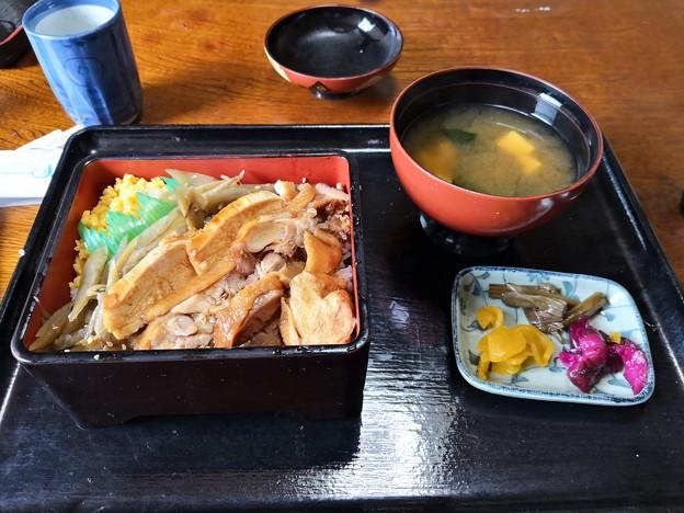 Photos: しゃも弁当@玉川旅館