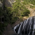 Photos: 4段目 袋田の滝と絶壁と展望台