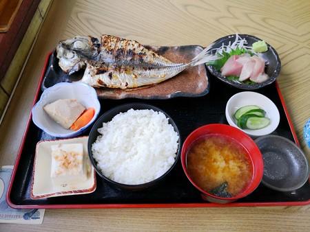 地元ごはん定食(ふしみ食堂)