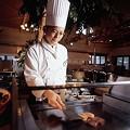 011 バイキング(目の前で調理するステーキ・寿司・天ぷらは大好評) by ホテルグリーンプラザ軽井沢