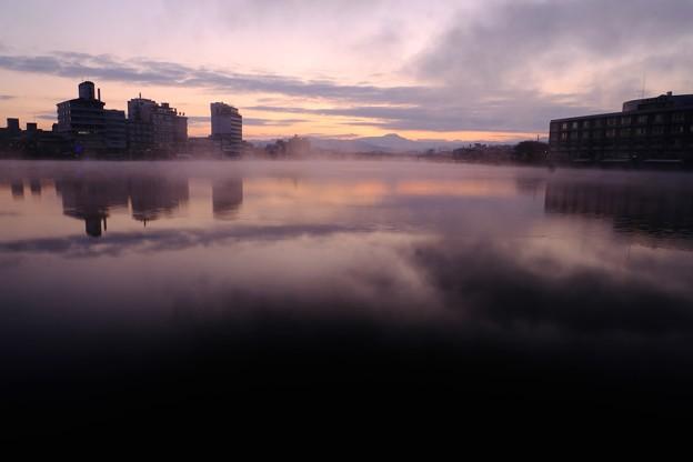 元日の夜明け前-大分県日田市:三隈川