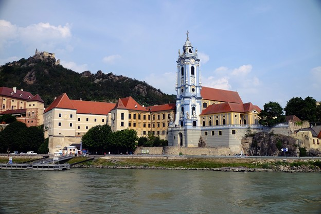 青と白の教会-Dürnstein, Austria